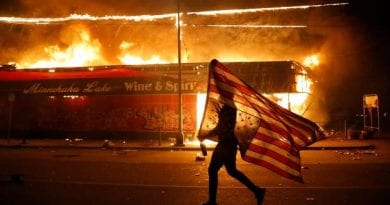 Amazing Eyewitness Account of Violent Protests Outside the White House – Charisma Magazine