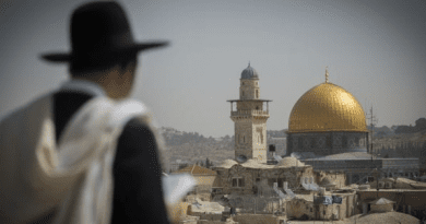 """'Israel's Oracle' Delivers Big Message from God: """"Messiah is Here!"""" and Today's Top Stories – Breaking Israel News"""