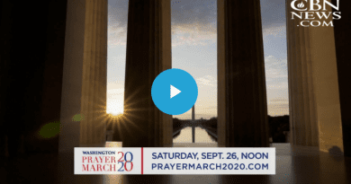 Franklin Graham's Prayer March & Jonathan Cahn's 'The Return' Aim to Keep USA From 'Point of No Return' – CBN News